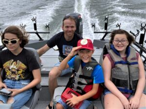 Fishing, catfishing, kids, fishing, kids, nonprofit, fishing tips, education, fishing, CPR, youth fishing, conservation, selective harvest, USSA, Sheryl Ridenour, Larry Muse, Joyce Muse, Donnie Fountain, Lonnie Fountain, Child Wish, Tennessee